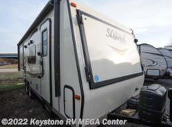 Used 2016  Forest River Shamrock 23ws by Forest River from Keystone RV MEGA Center in Greencastle, PA