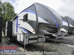New 2018  Forest River Vengeance 320a