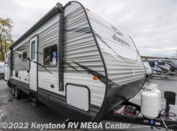 New 2018  Jayco Jay Flight 32BHDS by Jayco from Keystone RV MEGA Center in Greencastle, PA