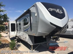 Used 2014  Highland Ridge  3X 378RLS by Highland Ridge from Nielson RV in Hurricane, UT