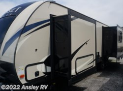 New 2017  CrossRoads Sunset Trail Grand Reserve SS33SI by CrossRoads from Ansley RV in Duncansville, PA