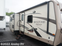 Used 2015  Forest River Rockwood Signature Ultra Lite 8293IKRBS by Forest River from Ansley RV in Duncansville, PA