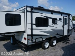 New 2018  Starcraft Launch 19BHS by Starcraft from Ansley RV in Duncansville, PA