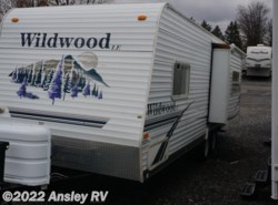 Used 2007  Forest River Wildwood LE 25RKS by Forest River from Ansley RV in Duncansville, PA