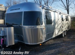 New 2018  Airstream Classic 33FB Twin by Airstream from Ansley RV in Duncansville, PA