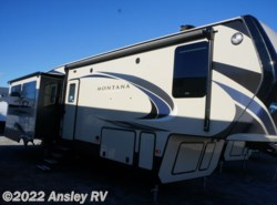 New 2018  Keystone Montana High Country 331RL by Keystone from Ansley RV in Duncansville, PA