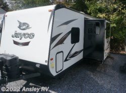 Used 2016  Jayco White Hawk 24MBH