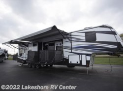 New 2018  Keystone Fuzion 424 by Keystone from Lakeshore RV Center in Muskegon, MI