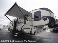 New 2018  Keystone Cougar Half Ton 32DBH by Keystone from Lakeshore RV Center in Muskegon, MI