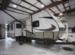 New 2018  Starcraft Autumn Ridge Outfitter 27RLI by Starcraft from Lakeshore RV Center in Muskegon, MI