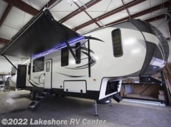 New 2018  Keystone Sprinter Limited 3531FWDEN by Keystone from Lakeshore RV Center in Muskegon, MI