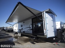 New 2018 Forest River Wildwood DLX 353FLFB available in Muskegon, Michigan
