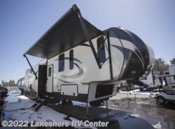New 2018  Keystone Sprinter Limited 3150FWRLS by Keystone from Lakeshore RV Center in Muskegon, MI