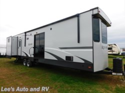 New 2017  Heartland RV Resort 441QB by Heartland RV from Lee's Auto and RV Ranch in Ellington, CT