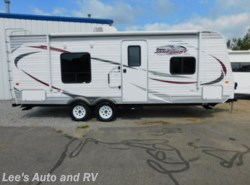Used 2014  Jayco Jay Flight 22FB by Jayco from Lee's Auto and RV Ranch in Ellington, CT
