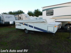 Used 2009  Jayco Jay Series  by Jayco from Lee's Auto and RV Ranch in Ellington, CT