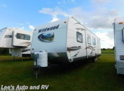 Used 2013  Forest River Wildwood 32BHDS by Forest River from Lee's Auto and RV Ranch in Ellington, CT