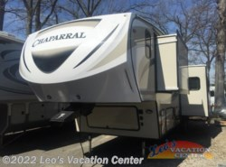 Used 2017  Coachmen Chaparral Lite 29BHS by Coachmen from Leo's Vacation Center in Gambrills, MD