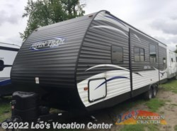 Used 2017  Dutchmen Aspen Trail 2890BHS by Dutchmen from Leo's Vacation Center in Gambrills, MD