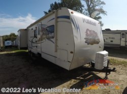 Used 2011  Forest River Wildcat eXtraLite 30BHS by Forest River from Leo's Vacation Center in Gambrills, MD