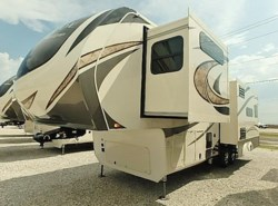 New 2018  Grand Design Solitude 310GK by Grand Design from McClain's Longhorn RV in Sanger, TX