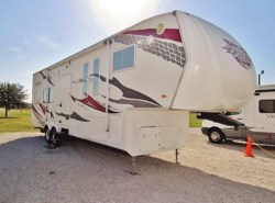 Used 2008  Heartland RV Razor 32125B by Heartland RV from McClain's Longhorn RV in Sanger, TX