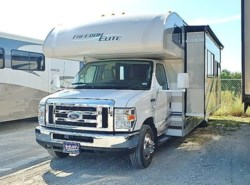 Used 2015  Thor  FREEDOM ELITE 28H by Thor from McClain's RV Fort Worth in Fort Worth, TX