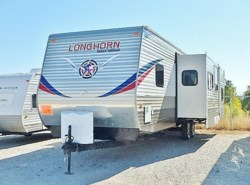 Used 2014 CrossRoads Longhorn 33BH available in Fort Worth, Texas