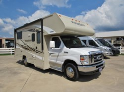 Used 2016  Winnebago Minnie Winnie 22R by Winnebago from McClain's RV Rockwall in Rockwall, TX