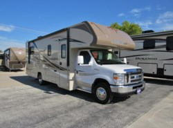 Used 2017  Winnebago Minnie Winnie 27Q by Winnebago from McClain's RV Fort Worth in Fort Worth, TX