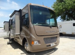 Used 2015  Winnebago Vista 36Y by Winnebago from McClain's RV Superstore in Corinth, TX
