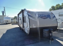 Used 2016 Forest River Wildwood 263BHXL available in Corinth, Texas