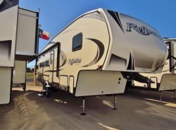 New 2018  Grand Design Reflection 28BH by Grand Design from McClain's RV Superstore in Corinth, TX