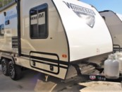 2019 Winnebago Micro Minnie 1808FBS