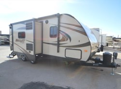 Used 2015  Keystone Bullet 22RBI by Keystone from McClain's RV Oklahoma City in Oklahoma City, OK