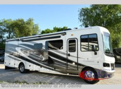 Used 2017 Holiday Rambler Vacationer 35P available in Perry, Iowa