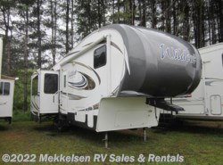 Used 2013  Forest River Wildcat eXtraLite 297RLX by Forest River from Mekkelsen RV Sales & Rentals in East Montpelier, VT
