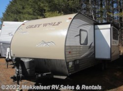 Used 2016  Forest River Grey Wolf 23DBH by Forest River from Mekkelsen RV Sales & Rentals in East Montpelier, VT