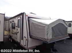 Used 2016  Forest River Shamrock 23WS by Forest River from Middleton RV, Inc. in Festus, MO