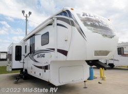 Used 2013  Keystone Alpine 3450RL by Keystone from Mid-State RV Center in Byron, GA