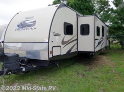 Used 2015  Coachmen Freedom Express 312BHDS by Coachmen from Mid-State RV Center in Byron, GA