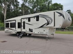 New 2018  Palomino Columbus  383FB by Palomino from Midway RV Center in Grand Rapids, MI