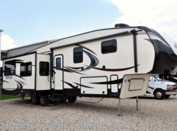 Used 2016  Dutchmen Denali 293RKS W/ 3 Slides