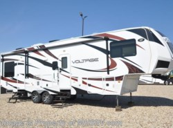 Used 2013  Dutchmen Voltage V3200 Toy hauler with 2 slides