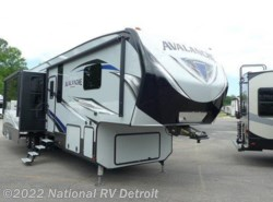 New 2018  Keystone Avalanche 395BH by Keystone from National RV Detroit in Belleville, MI