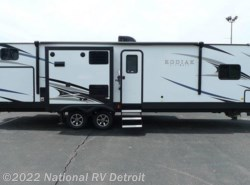 New 2018  Dutchmen Kodiak Ultimate 330BHSL by Dutchmen from National RV Detroit in Belleville, MI