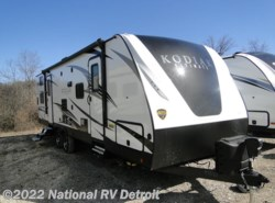 New 2018  Dutchmen Kodiak Ultimate 288BHSL by Dutchmen from National RV Detroit in Belleville, MI