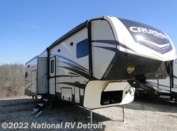 New 2018  CrossRoads Cruiser Aire 28RD by CrossRoads from National RV Detroit in Belleville, MI