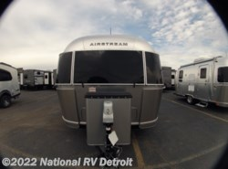 New 2019 Airstream  Airstream Flying Cloud 30FB BUNK available in Belleville, Michigan