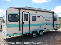 Used 2017  Gulf Stream Vintage Cruiser 23RSS by Gulf Stream from Northern Hills Homes and RV's in Whitewood, SD